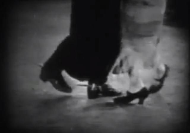 Rudolph Valentino tanzt Tango im Film «The Four Horsemen of the Apocalypse» (1921)